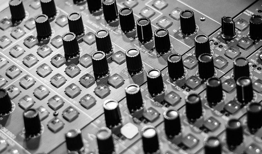【DTM】マスタリングエンジニアでない人のためのマスタリング講座 Part2【参考曲の準備】