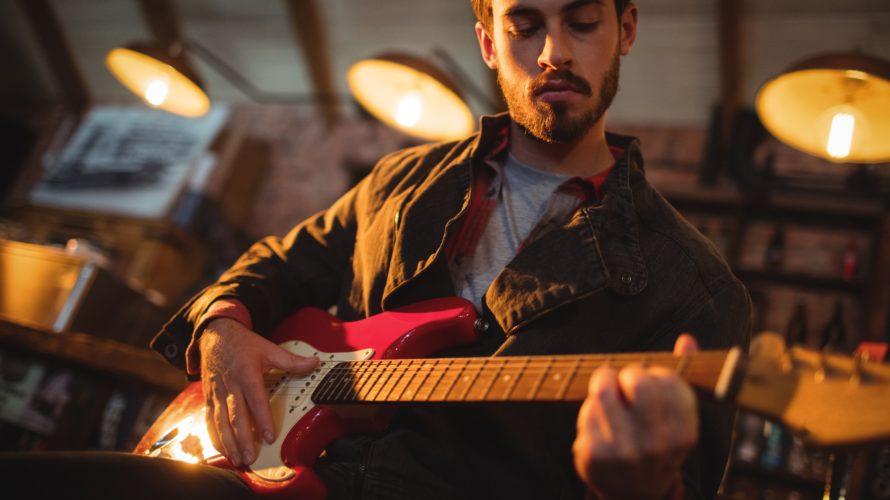 【ギターピッキング】それぞれの種類のメリット・デメリット(フィンガーピッキング・サムピック・フラットピック)